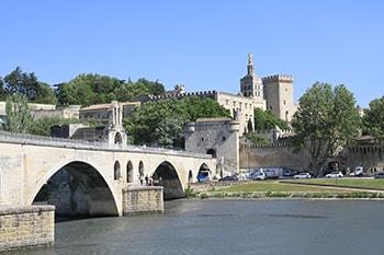 avignon-baux-provence-maussane-saint-remy-provence