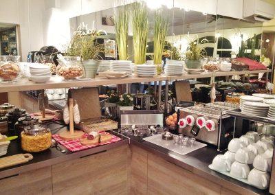 hotel-maussane-baux-de-provence-alpilles-buffet