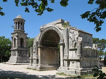 saint-remy-de-provence-baux-provence-maussane-saint-remy-provence